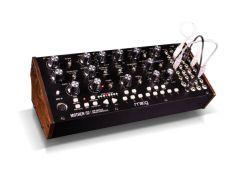 Moog Mother-32-0
