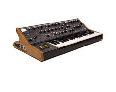 Moog Subsequent 37-0